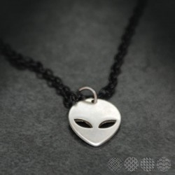 Alien Necklace | Men's MEN'S STYLE