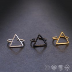Triangle RIng ΔΑΧΤΥΛΙΔΙΑ