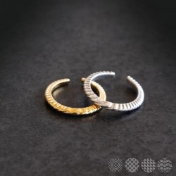 Simply wave RIng